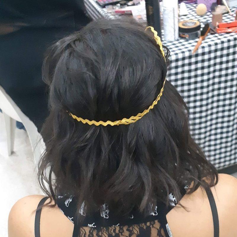 Escova ondulada , teatro atrium. cabelo auxiliar cabeleireiro(a) recepcionista designer de sobrancelhas