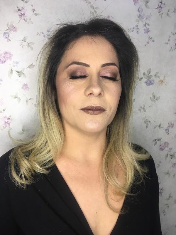 maquiagem cabeleireiro(a) maquiador(a) stylist / visagista