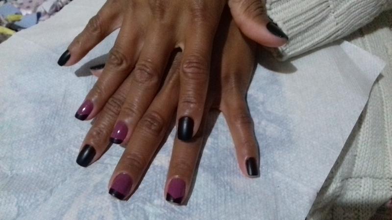 Esmalte fosco + frio =Unhas poderosas 😍 unha manicure e pedicure maquiador(a) auxiliar cabeleireiro(a)