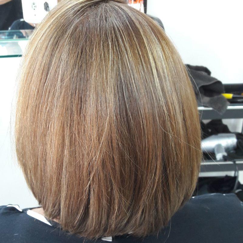 cabeleireiro(a) docente / professor(a) stylist / visagista