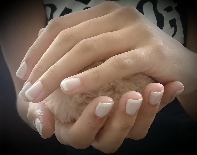#francesaclassica#mimo manicure e pedicure designer de sobrancelhas
