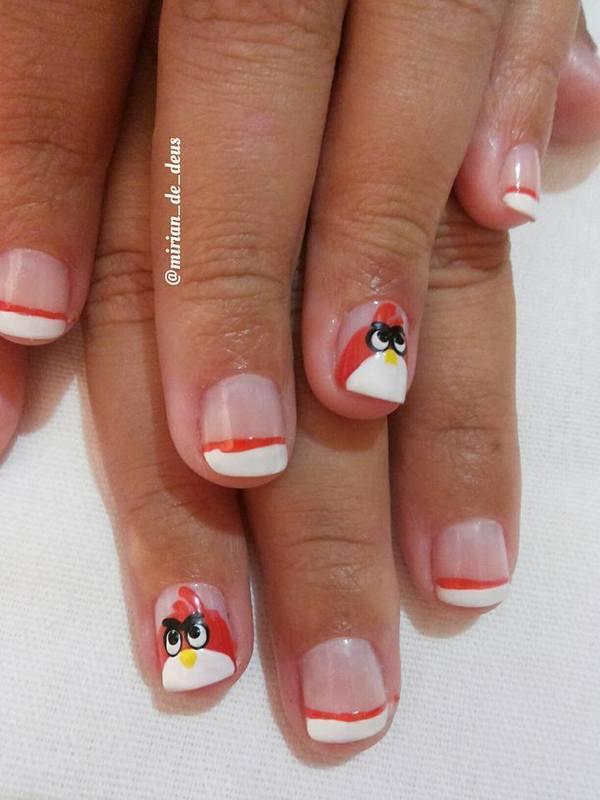 Nail Art Angry Birds, feita a mão com francesinha.  unha manicure e pedicure