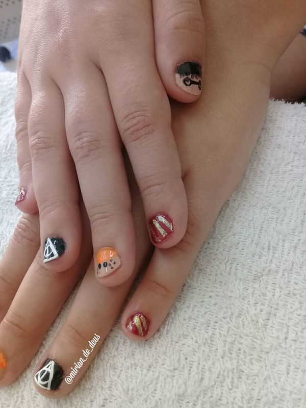 Nail Art Harry Potter, feito a mão. unha manicure e pedicure