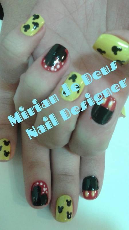 Nail Art Mickey, feito a mão. unha manicure e pedicure