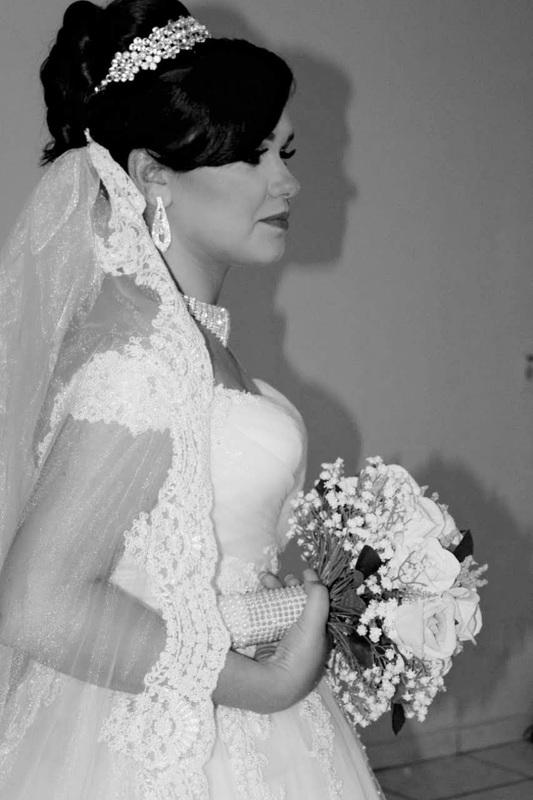 Nossa noiva linda...  Penteado feito por Rosy penteados Maquiagem feita por Paloma felix maquiagem maquiador(a) designer de sobrancelhas depilador(a)