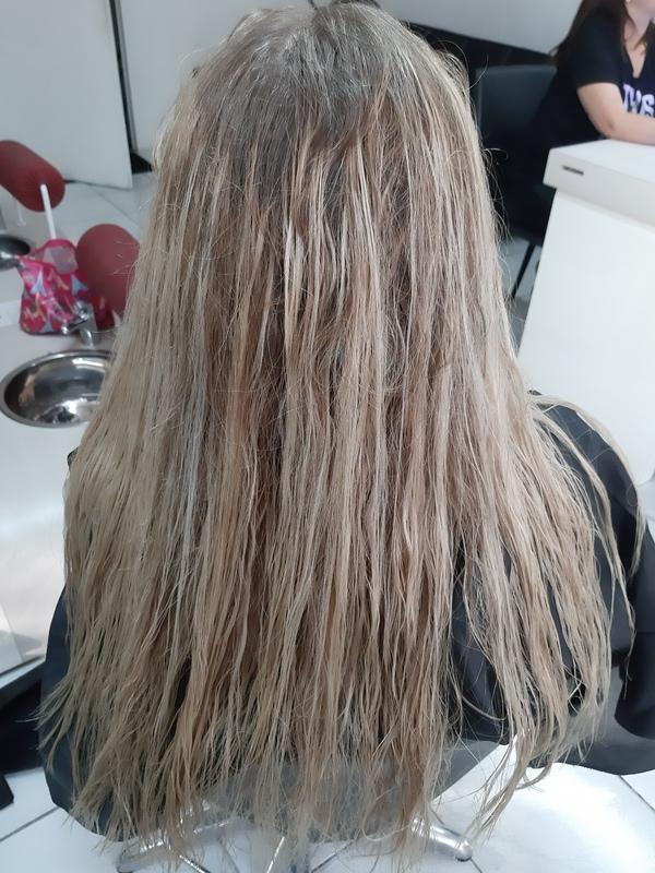 Progressiva orgânica  cabelo cabeleireiro(a) auxiliar cabeleireiro(a)