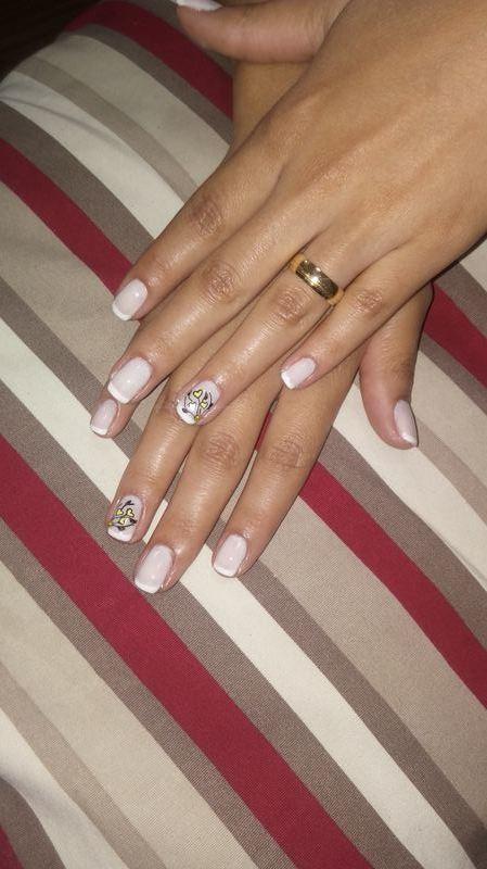 #branquinho #nailsart #belezafeminina cabeleireiro(a) manicure e pedicure