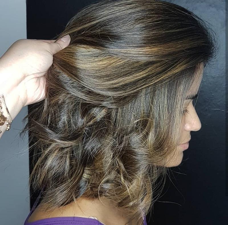 Morena Iluminada 💛 #iluminado #morenailuminada #amooquefaco cabelo cabeleireiro(a) auxiliar cabeleireiro(a) escovista