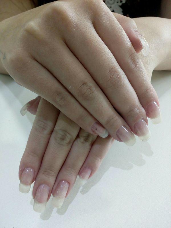 Manutenção feita manicure e pedicure manicure e pedicure