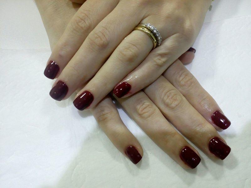 Unha finalizada com esmaltação em gel unha manicure e pedicure manicure e pedicure