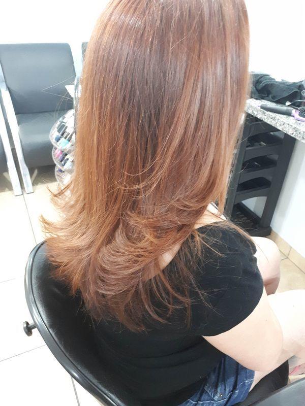 Corte e escova.. cabeleireiro(a)