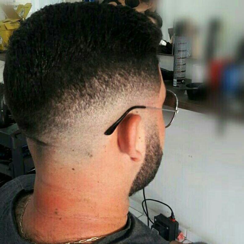 Corte masculino ! E barba cabelo cabeleireiro(a) maquiador(a) barbeiro(a) designer de sobrancelhas dermopigmentador(a)