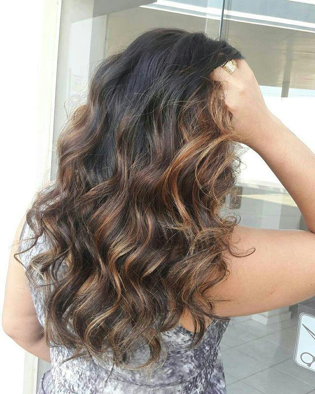 Ombre hair ! cabelo cabeleireiro(a) maquiador(a) barbeiro(a) designer de sobrancelhas dermopigmentador(a)