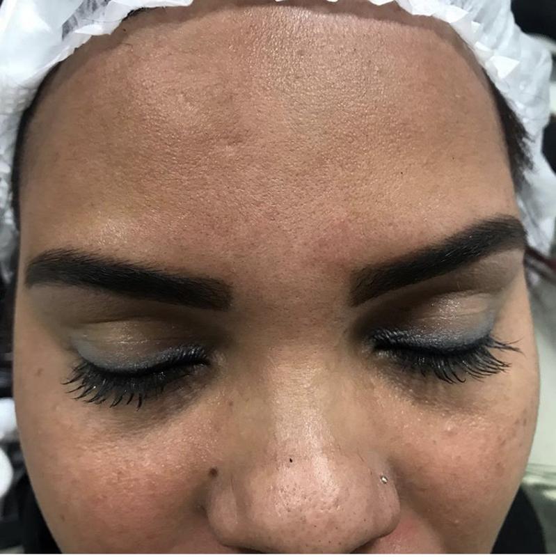 Desing de sobrancelhas  outros cabeleireiro(a)