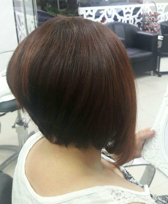 Corte Channel bicudo. cabeleireiro(a) designer de sobrancelhas cabeleireiro(a) cabeleireiro(a) cabeleireiro(a)