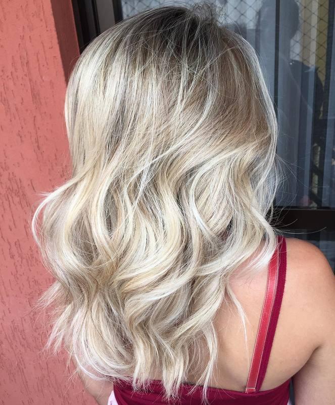 O que dizer desse loiro? 💥♥️ . . . . . . . #hair #blondehair #blonde #santoandre #loiroperolado #loiro #loirodossonhos #loiros #love cabelo cabeleireiro(a) stylist / visagista maquiador(a) designer de sobrancelhas