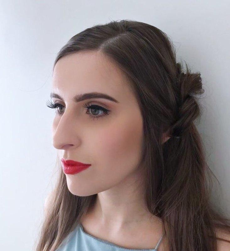 Maquiagem  e cabelo para festa de casamento. #casamento #maquiadora #maquiagem #makeup #penteado #cabeleireira  maquiagem cabeleireiro(a) maquiador(a)