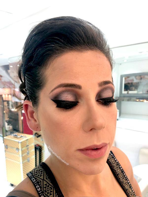 Maquiagem pálpebra luz   #makeup #maquiagem #maquiadora #cabeleireira maquiagem cabeleireiro(a) maquiador(a)