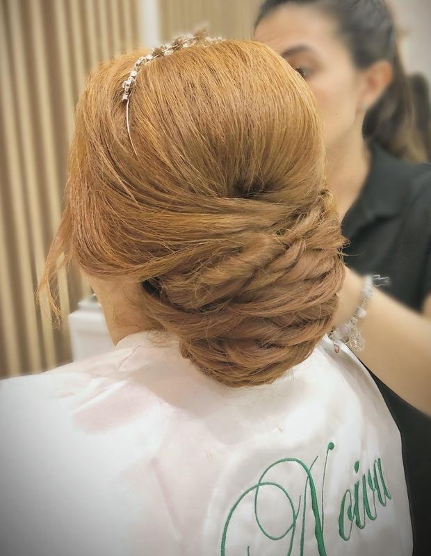Penteado em noiva  #penteado #noiva #cabeleireira #diadanoiva #coquebaixo cabelo cabeleireiro(a) maquiador(a)