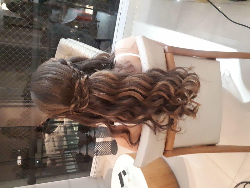 Penteado home care ! #penteadosolto #andreiasolwati cabelo cabeleireiro(a) depilador(a) manicure e pedicure