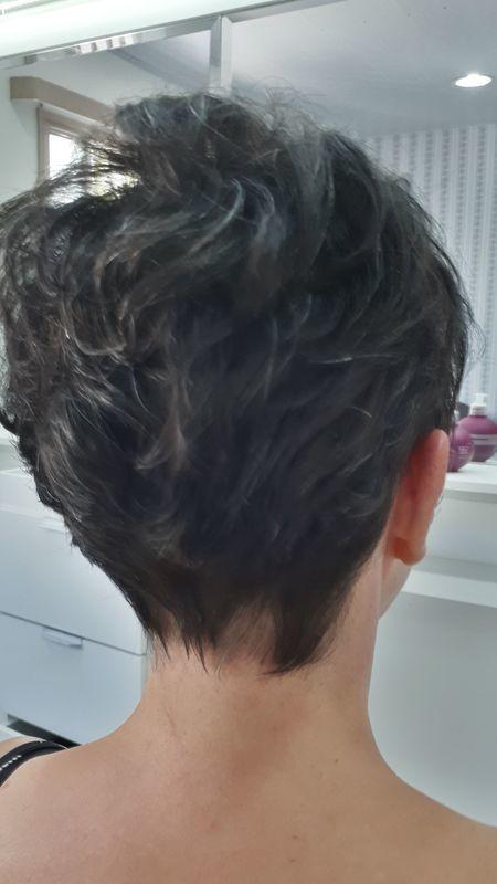 Corte pixel. cabeleireiro(a) depilador(a) manicure e pedicure
