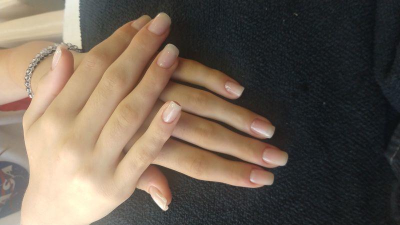manicure e pedicure designer de sobrancelhas auxiliar cabeleireiro(a) manicure e pedicure