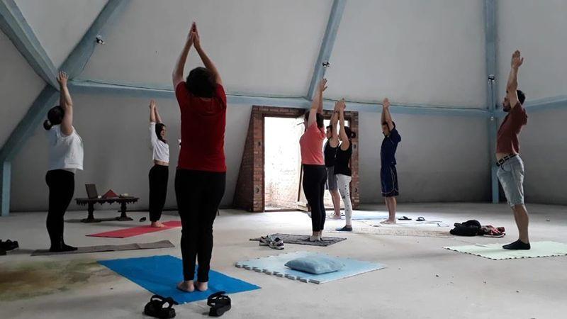 Hatha Yoga outros esteticista massoterapeuta aromaterapeuta acupunturista outros