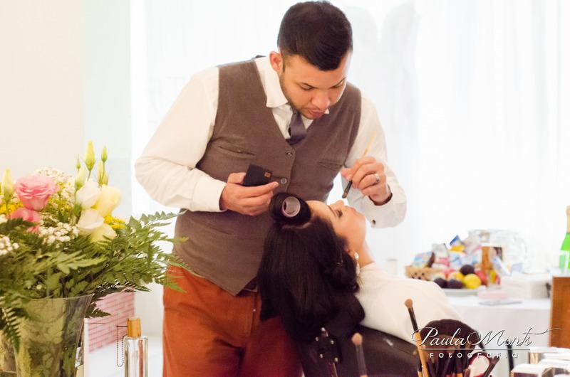 #maquiagem maquiagem cabeleireiro(a) empresário(a) / dono de negócio maquiador(a)