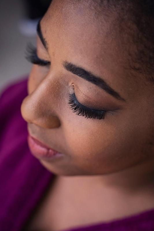 Maquiagem para noiva de pele negra maquiagem maquiador(a) designer de sobrancelhas