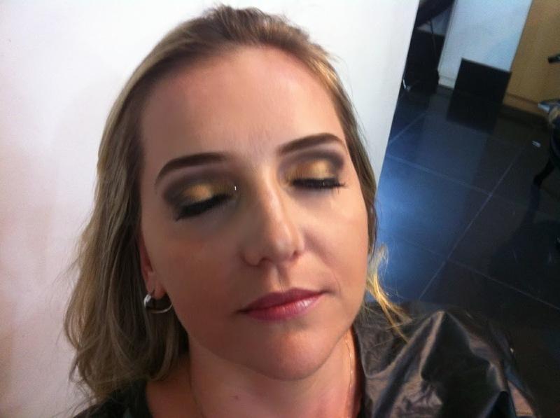 Maquiagem para casamento. maquiagem maquiador(a) docente / professor(a)