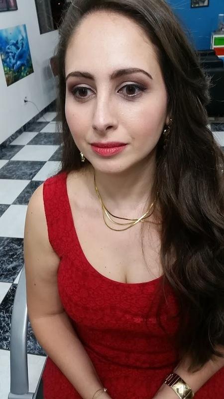 Maquiagem para ensaio fotográfico maquiagem maquiador(a) docente / professor(a)