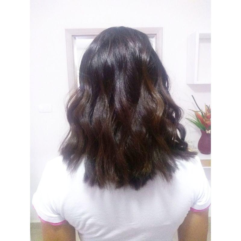 Corte e hidratação cabelo cabeleireiro(a) auxiliar cabeleireiro(a)