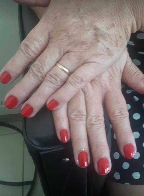 unha manicure e pedicure atendente micropigmentador(a) depilador(a)