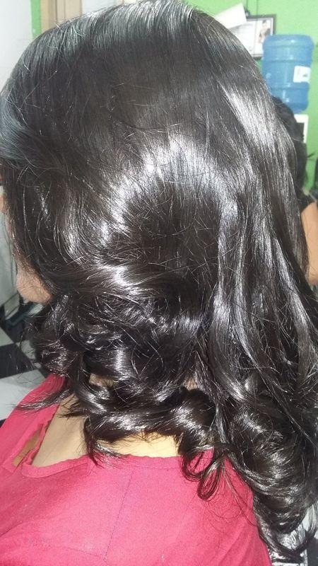 Escova cabelo auxiliar cabeleireiro(a) auxiliar cabeleireiro(a) auxiliar cabeleireiro(a) escovista auxiliar cabeleireiro(a) cabeleireiro(a)