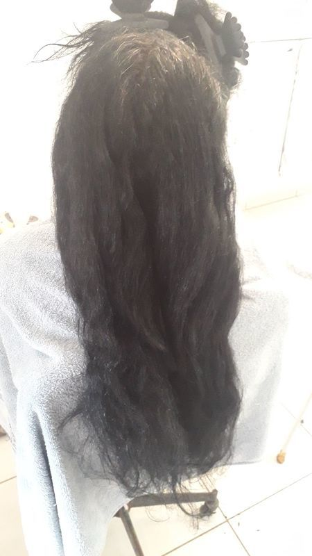 Antes da progressiva auxiliar cabeleireiro(a) auxiliar cabeleireiro(a) auxiliar cabeleireiro(a) escovista auxiliar cabeleireiro(a) cabeleireiro(a)
