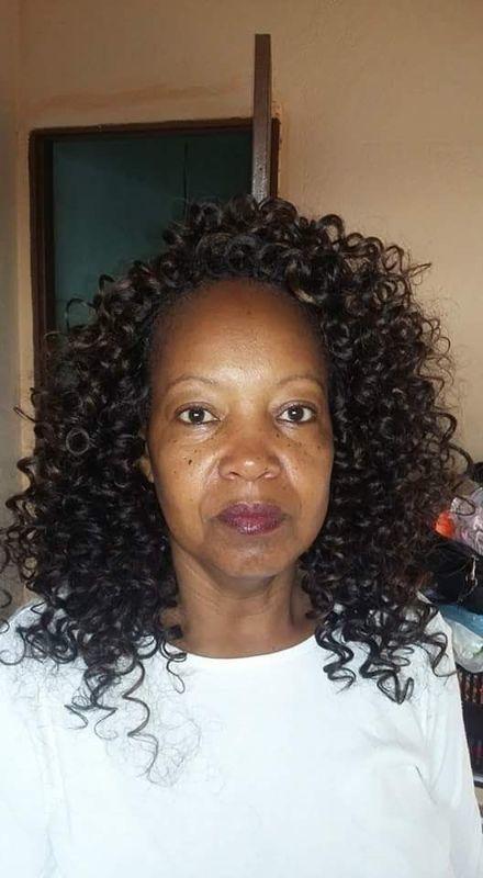 Alongamento cabelo cacheado cabelo auxiliar cabeleireiro(a) auxiliar cabeleireiro(a) auxiliar cabeleireiro(a) escovista auxiliar cabeleireiro(a) cabeleireiro(a)