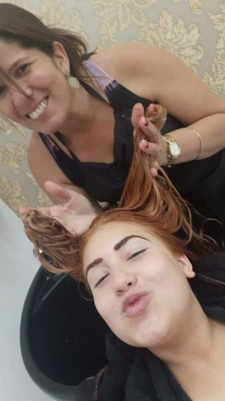 Fazendo um ruivo  cabeleireiro(a)