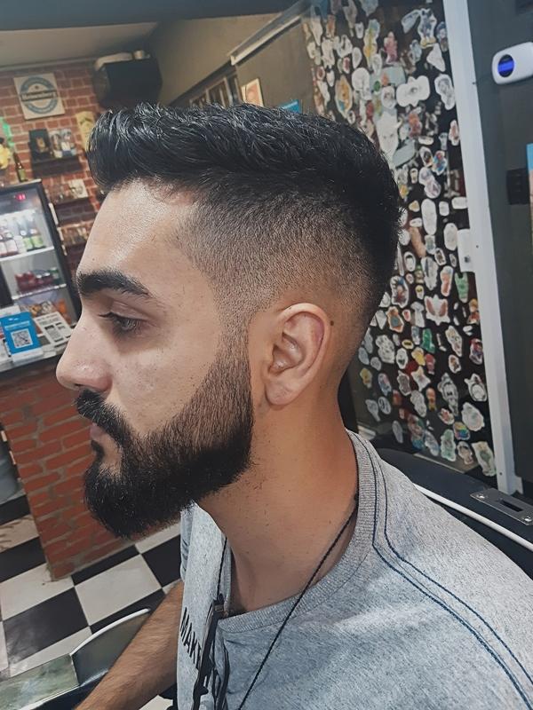 Fade cabelo barbeiro(a) cabeleireiro(a)