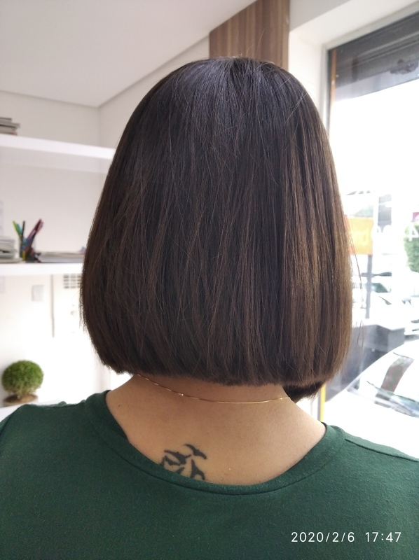 Long Bob depois. cabelo cabeleireiro(a) barbeiro(a) maquiador(a) designer de sobrancelhas depilador(a)
