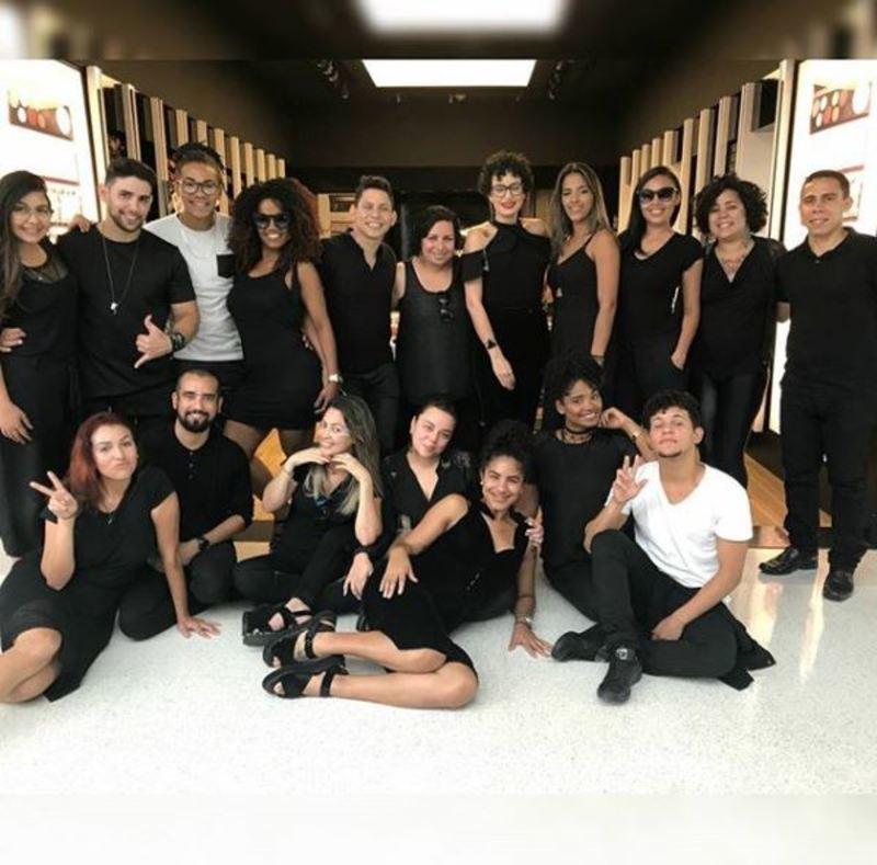 M.A.C Update maquiagem maquiador(a) designer de sobrancelhas cabeleireiro(a)