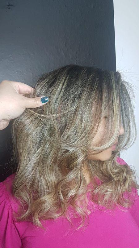 cabelo cabeleireiro(a) auxiliar cabeleireiro(a) escovista