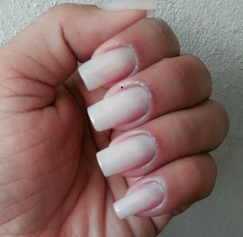 Alongamento de unhas em fibra de vidro  unha recepcionista manicure e pedicure designer de sobrancelhas depilador(a)