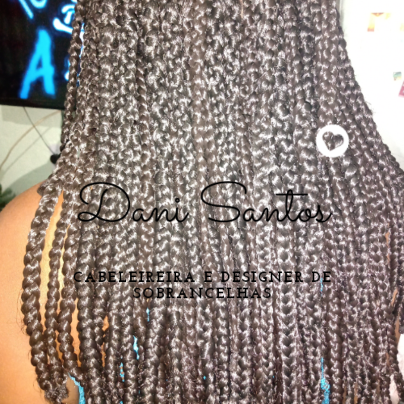 Box braids cabelo auxiliar cabeleireiro(a) designer de sobrancelhas cabeleireiro(a)
