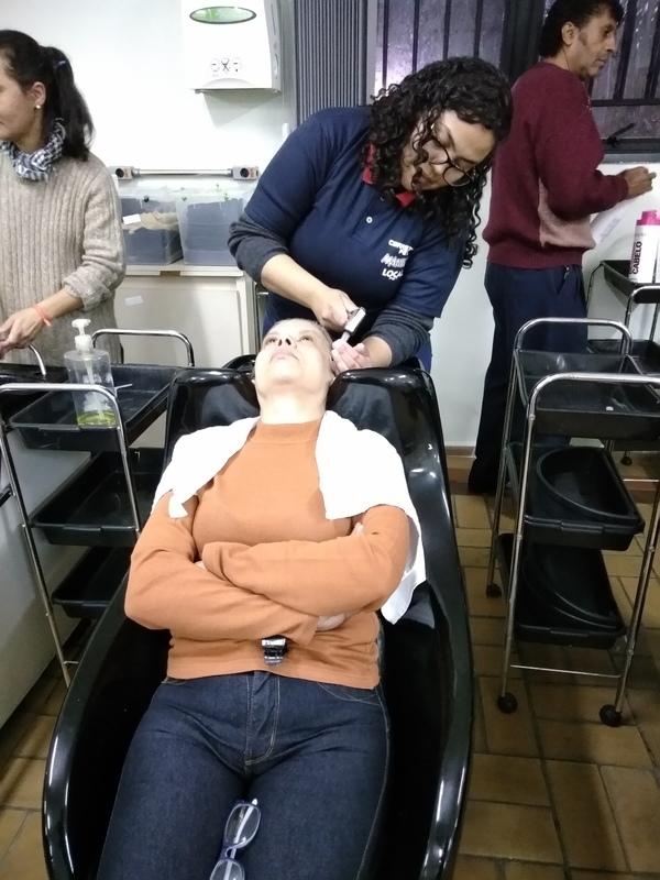 1° aula de lavagem de cabelos (modelos vivos) | Treinando com os colegas | Aula de Técnicas de Cabelo | Professora Josi | #JosianeRibeiro #CENLEP2019 #CENLEP #AssistenteDeCabeloIII 💕💆🏼💇🏻✂️📚 cabelo auxiliar cabeleireiro(a) designer de sobrancelhas recepcionista auxiliar administrativo depilador(a) outros