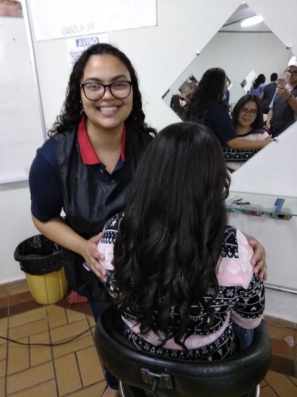 Atendimento de Cabeleireiro no Cenlep 💁🏻💈✂️| Com meu parceiro Davi e a nossa cliente Jaque 💆🏻💇🏻| Muito obrigada pelo carinho e a disponibilidade de estar conosco neste dia, que para nós foi muito especial! 🙏🏻💕| @josiane.pentado #AtendimentoGratuito #Escova #EscovaModelada #EscovaComBabyLiss #BabyLiss #Hidratação #HidrataçãoComEscova #Reconstrução #ReconstruçãoComEscova #Cauterização #Queratina #QueratinaLiquida #QueratinaSintetica #Queratinalização #CauterizaçãoComEscova #Grátis #Gratuito #ServiçosDoCursodeCabelo #ProfessoraJosi #JosianeRibeiro #CENLEP2019 #CENLEP #CenlepNossoLar #NossoLar #AnáliaFranco #AssistenteDeCabeloIII cabelo auxiliar cabeleireiro(a) designer de sobrancelhas recepcionista auxiliar administrativo depilador(a) outros