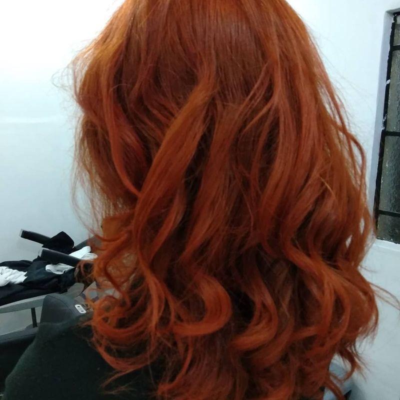 Corte e cor cabelo cabeleireiro(a)