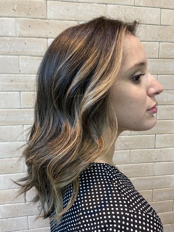 #blondhair #contorhair cabelo auxiliar cabeleireiro(a) cabeleireiro(a) designer de sobrancelhas