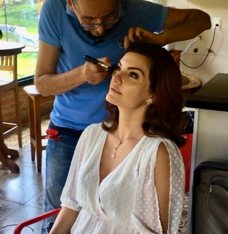Beleza Capa  maquiagem maquiador(a)