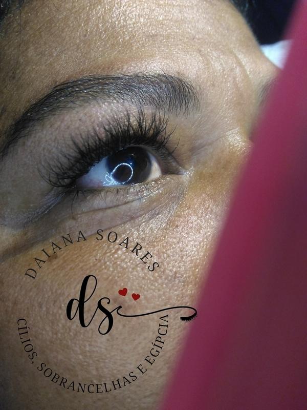 Alongamento de cílios técnica volume Brasileiro  micropigmentador(a) designer de sobrancelhas