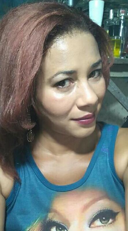 Maquiagem noite e dia e cabelos escovado vermelho cereja maquiagem maquiador(a) designer de sobrancelhas manicure e pedicure massagista cabeleireiro(a) outros